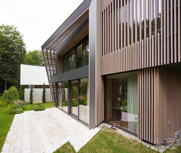 hardcastle architects exterior louvres terrace